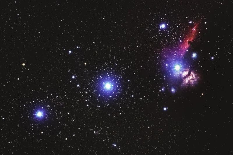 Étoiles et nuit par Alexander Andrews (unsplash.com)