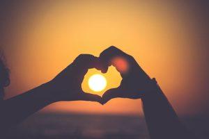 Coeur et soleil de Mayur Gala (unsplash.com)